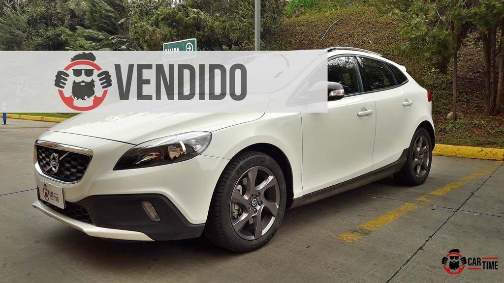 Volvo V40 CarTime